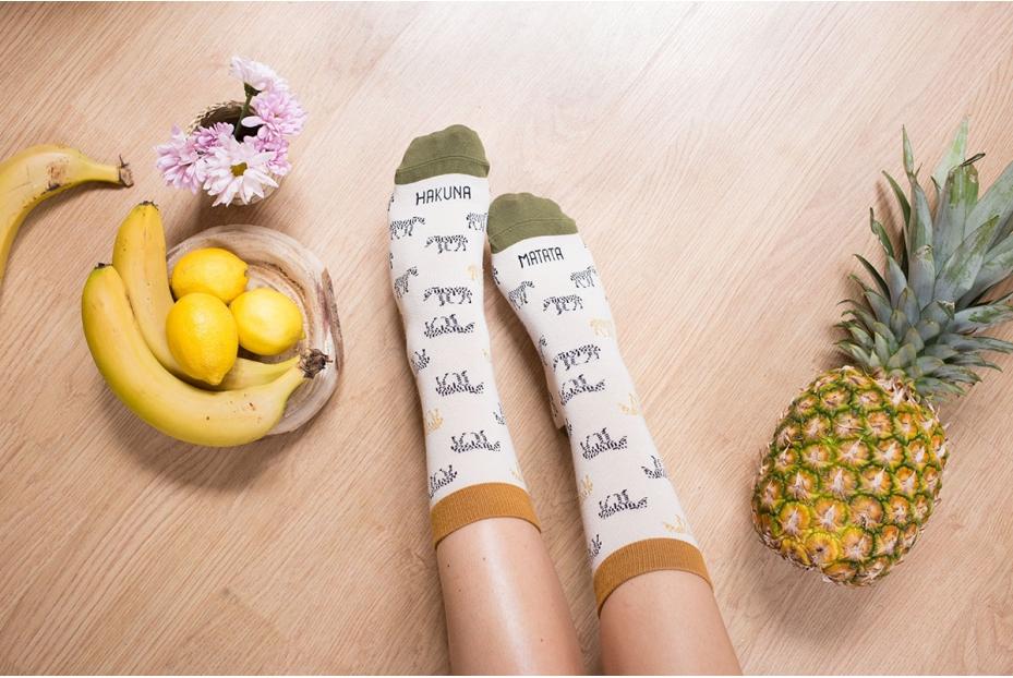 Coquetos calcetines Hakuna Matata